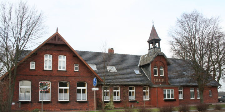 Dorfgemeinschaftshaus Wietersheim Im Herbst