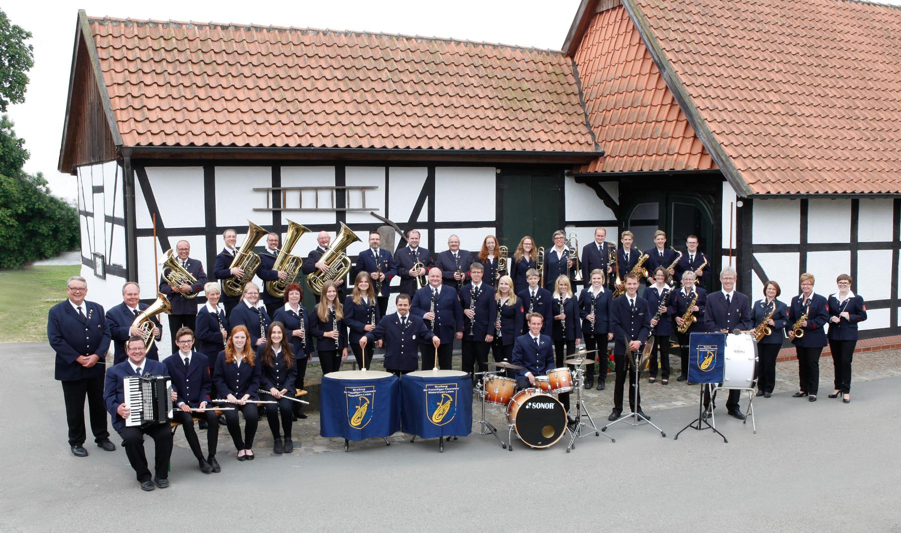 Musikzug der Freiwilligen Feuerwehr Wietersheim-Leteln im Jahr 2015